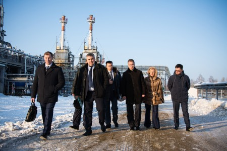 Посещение инвестиционного проекта: Анжерская нефтегазовая компания. Открытие установки первичной переработки нефти УПН – 800. (03.02.2017 г.Анжеро-Судженск)